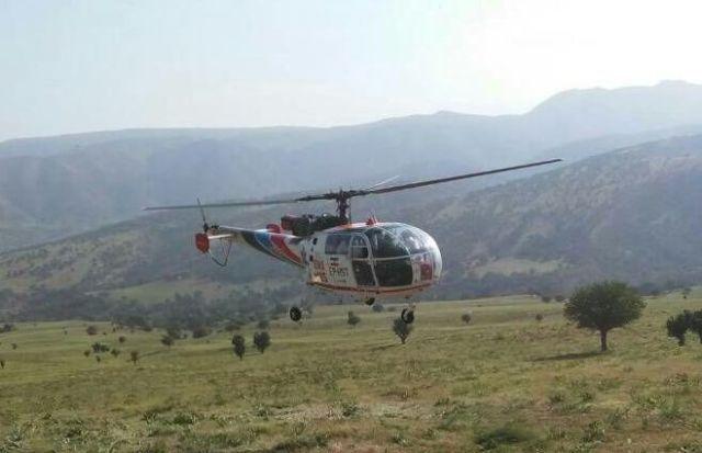 پرواز بالگرد اورژانس هوایی استان برای نجات جان بیمار چرامی + عکس